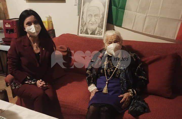 Gina Nottiani, un'altra nonna centenaria per Assisi: gli auguri della città