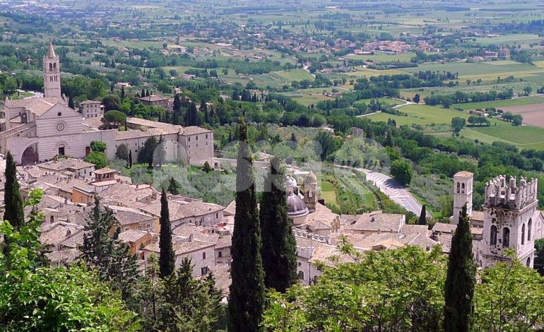 Recovery Plan Umbria, piano da 3 miliardi: centro storico di Assisi privo di auto