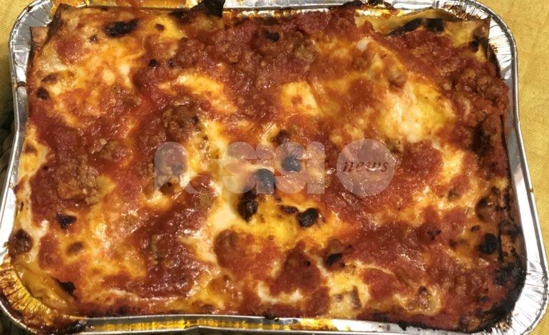 Cannelloni ripieni di carne: ricetta classica umbra e preparazione