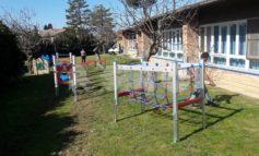 Giochi per bambini nelle aree verdi scolastiche a Santa Maria e Rivotorto