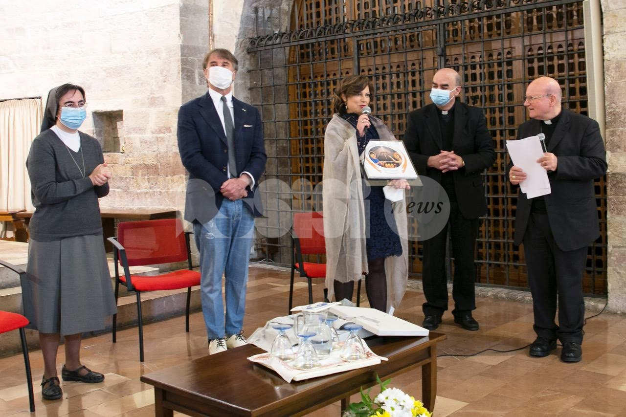 Serafico di Assisi, consegnato il premio Francesco di Assisi e Carlo Acutis (foto)