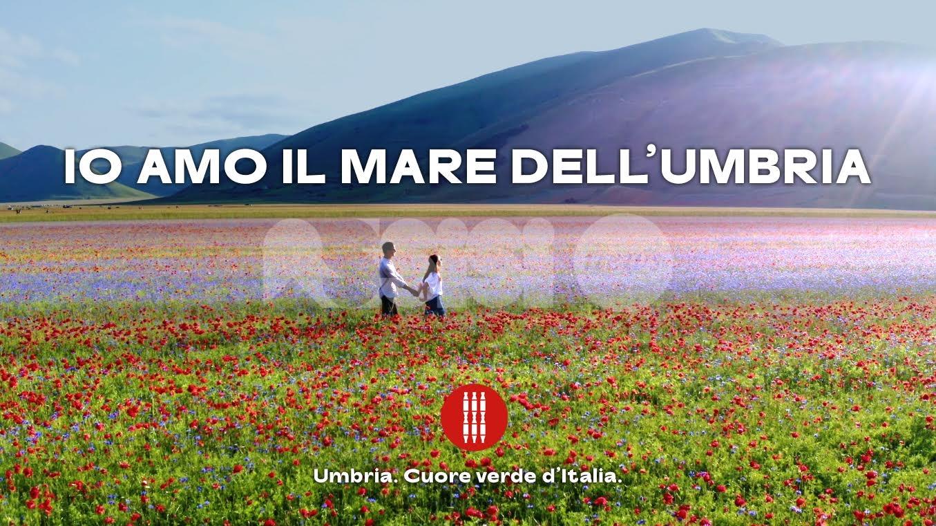 Io amo il mare dell'Umbria, la nuova campagna promozionale della regione (video)