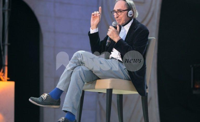 """Franco Battiato addio, il cantante protagonista anche di Con il cuore. La sua """"Messa arcaica"""" ad Assisi"""