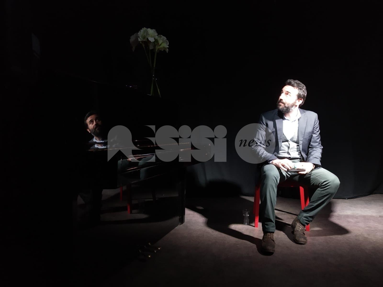 Vittorio Continelli in Discorso sul Mito - Frammenti per la riapertura degli Instabili di Assisi