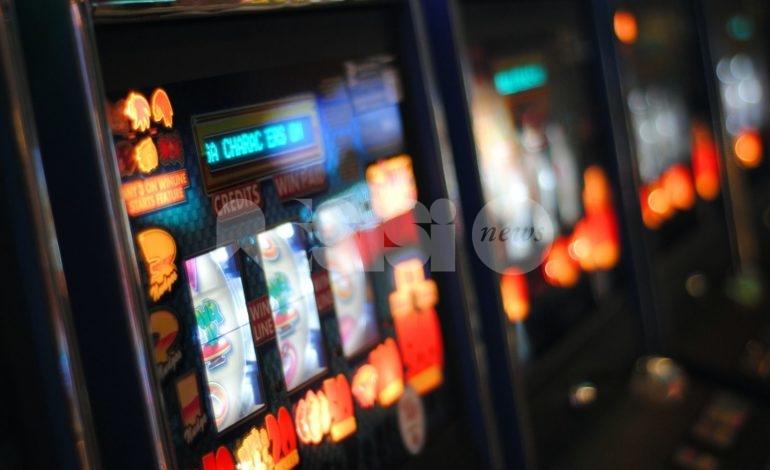 Sale giochi e slot machine, a Bastia Umbra rimangono gli orari limitati