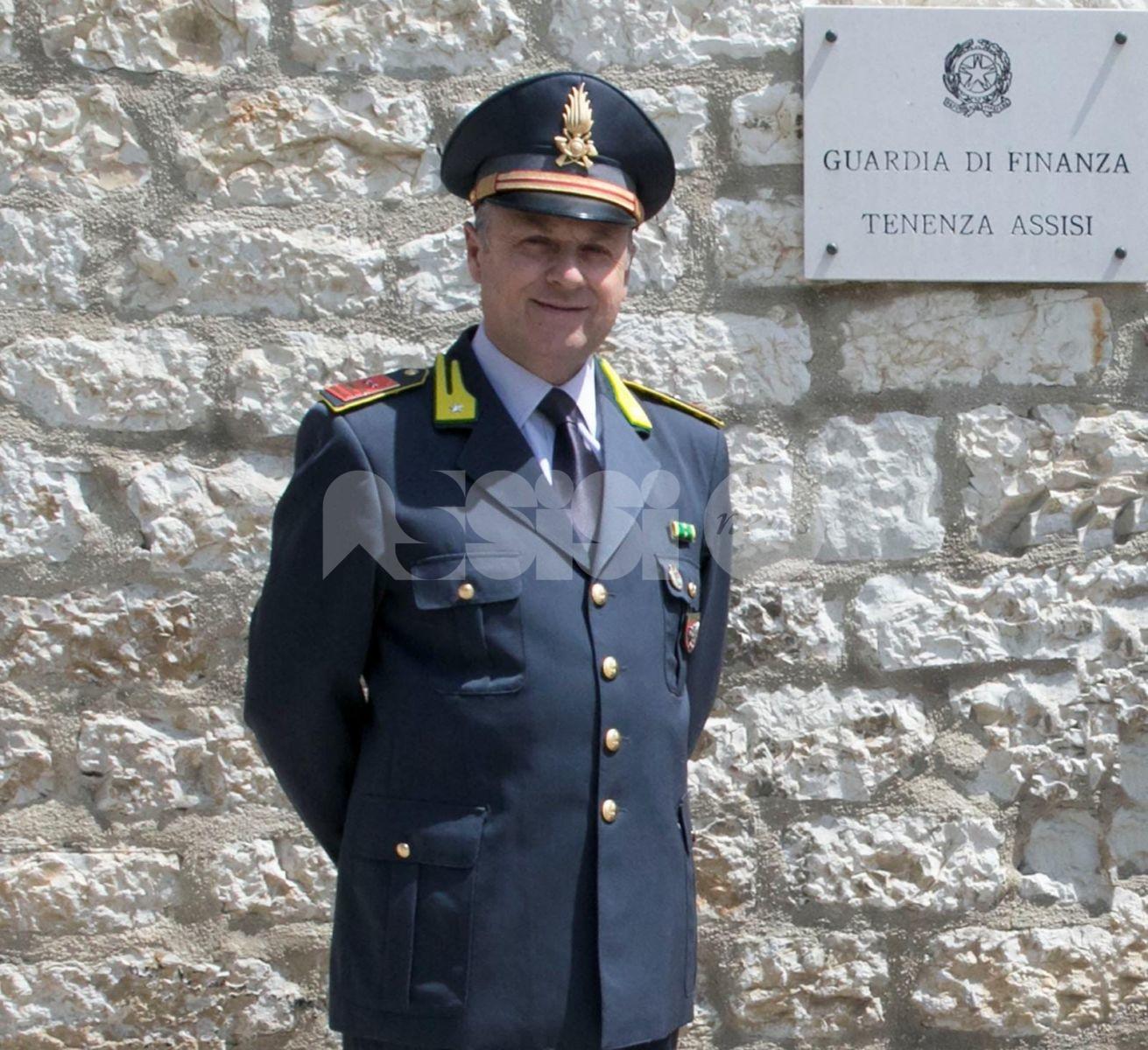 Il luogotenente Francesco Ferrara comandante della Finanza di Assisi