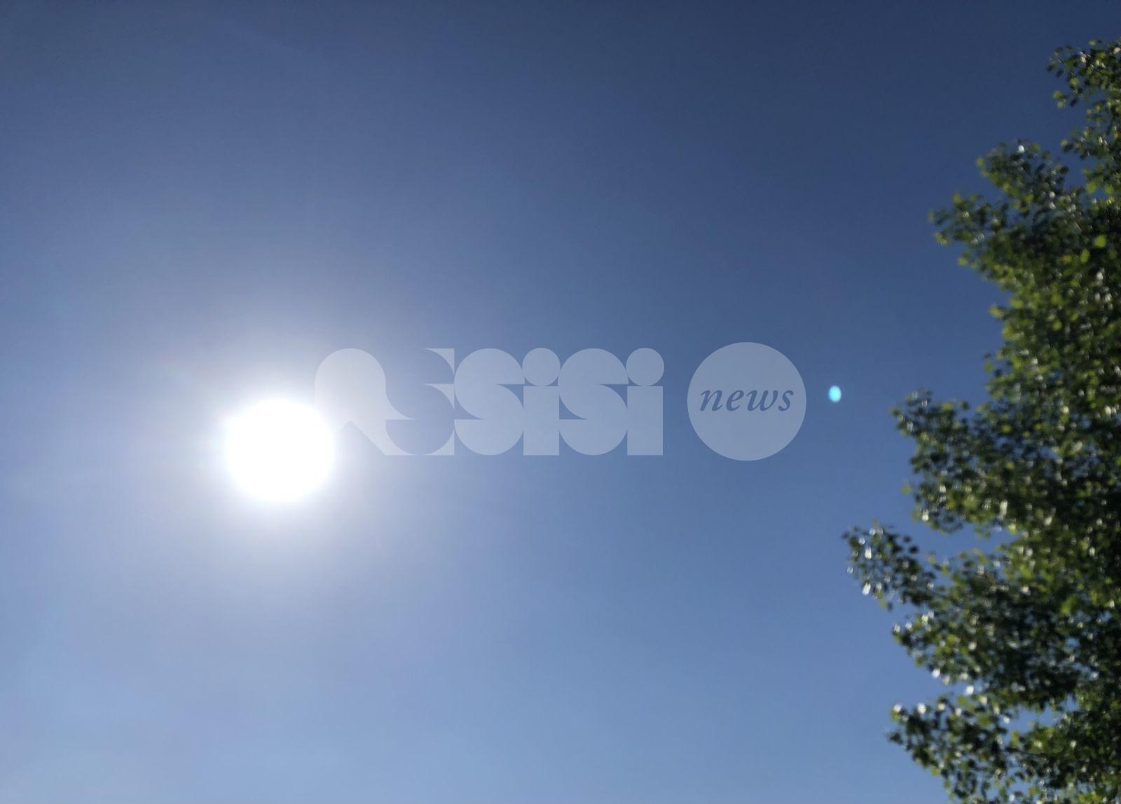 """Meteo Assisi 4-6 giugno 2021: sole e caldo """"sopportabile"""", ancora instabilità"""