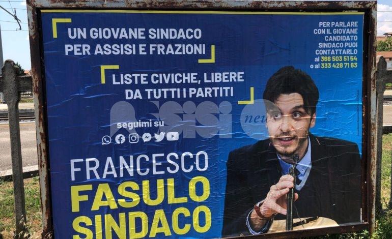 Francesco Fasulo sindaco, si 'ufficializza' il terzo candidato con i poster elettorali