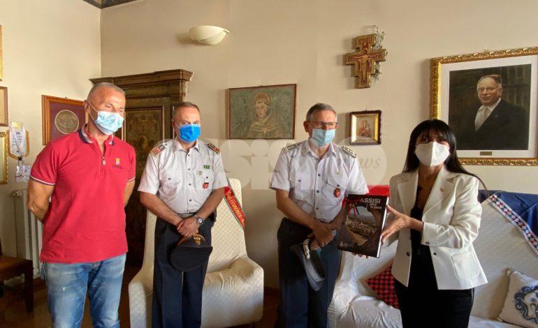 Il generale di divisione della Guardia di Finanza Benedetto Lipari in visita ad Assisi