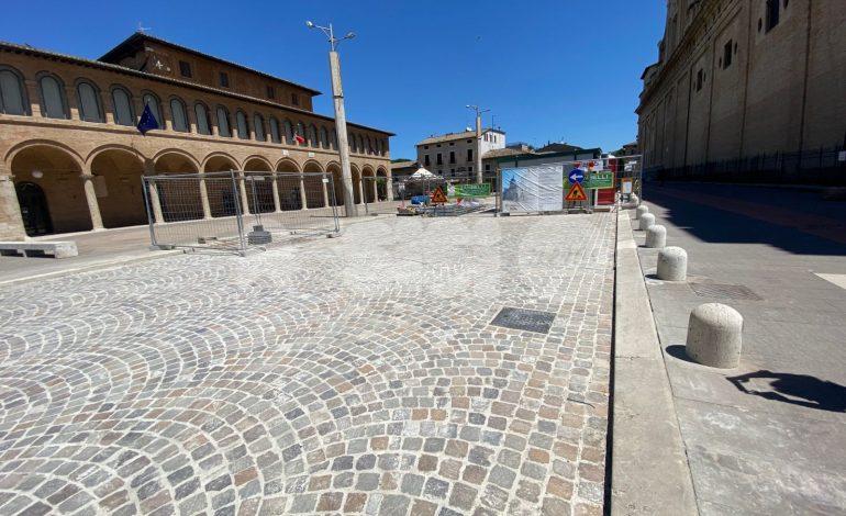 Piazza di Santa Maria degli Angeli, a fine mese la fine dei lavori