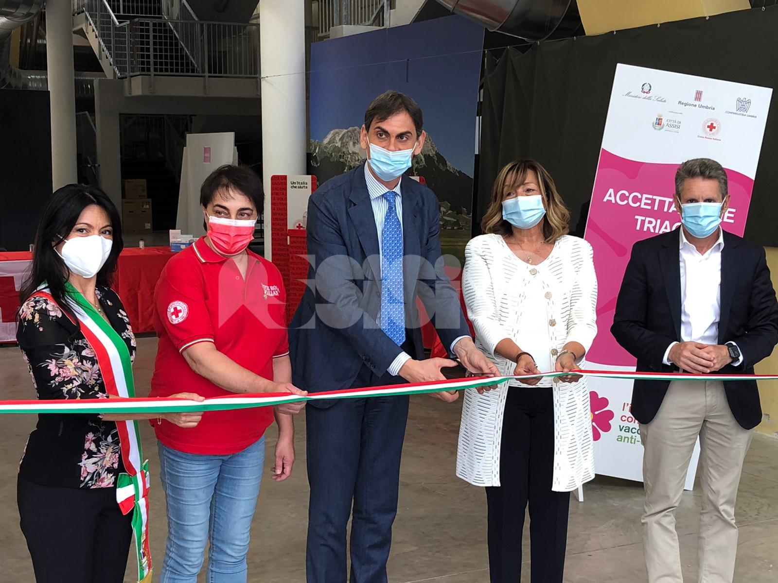 Inaugurato il Punto vaccinale straordinario di Confindustria Umbria (foto)