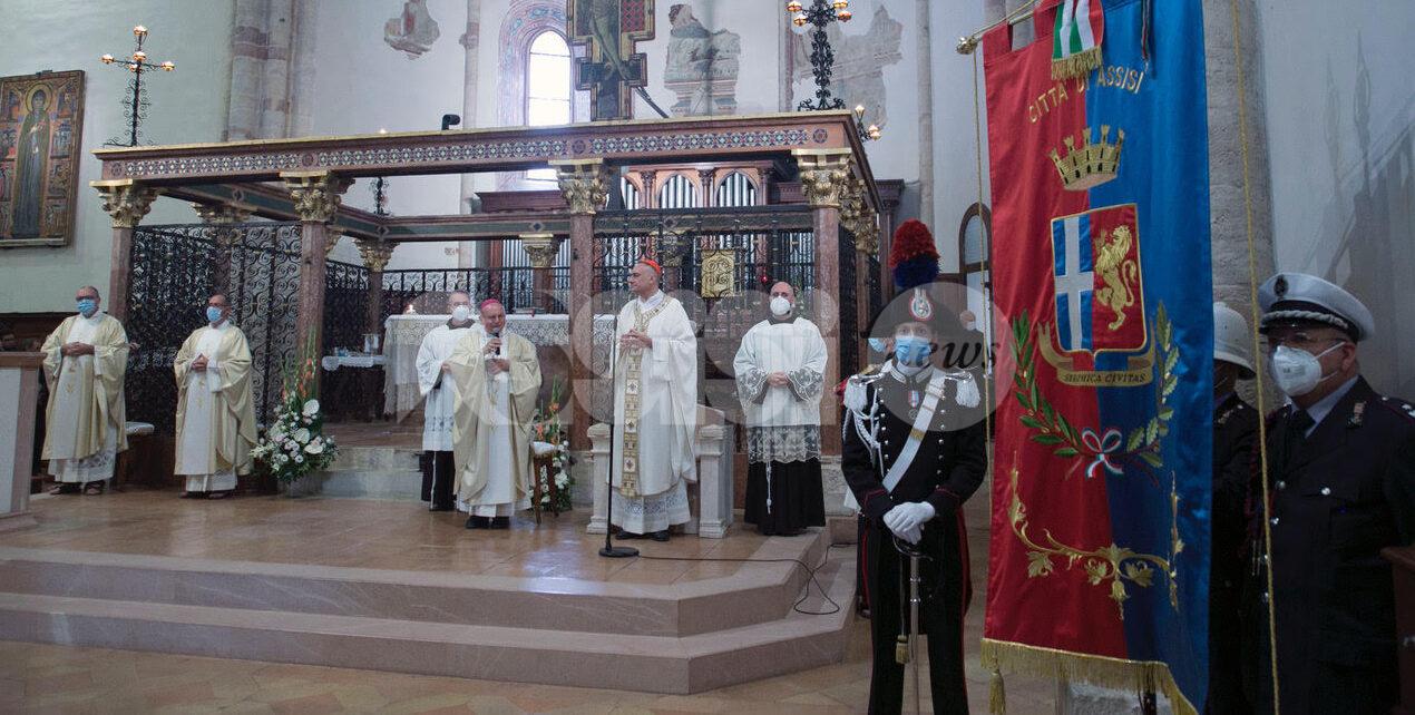 Solennità di Santa Chiara 2021, ad Assisi celebrazioni con il cardinale Gambetti (FOTO)