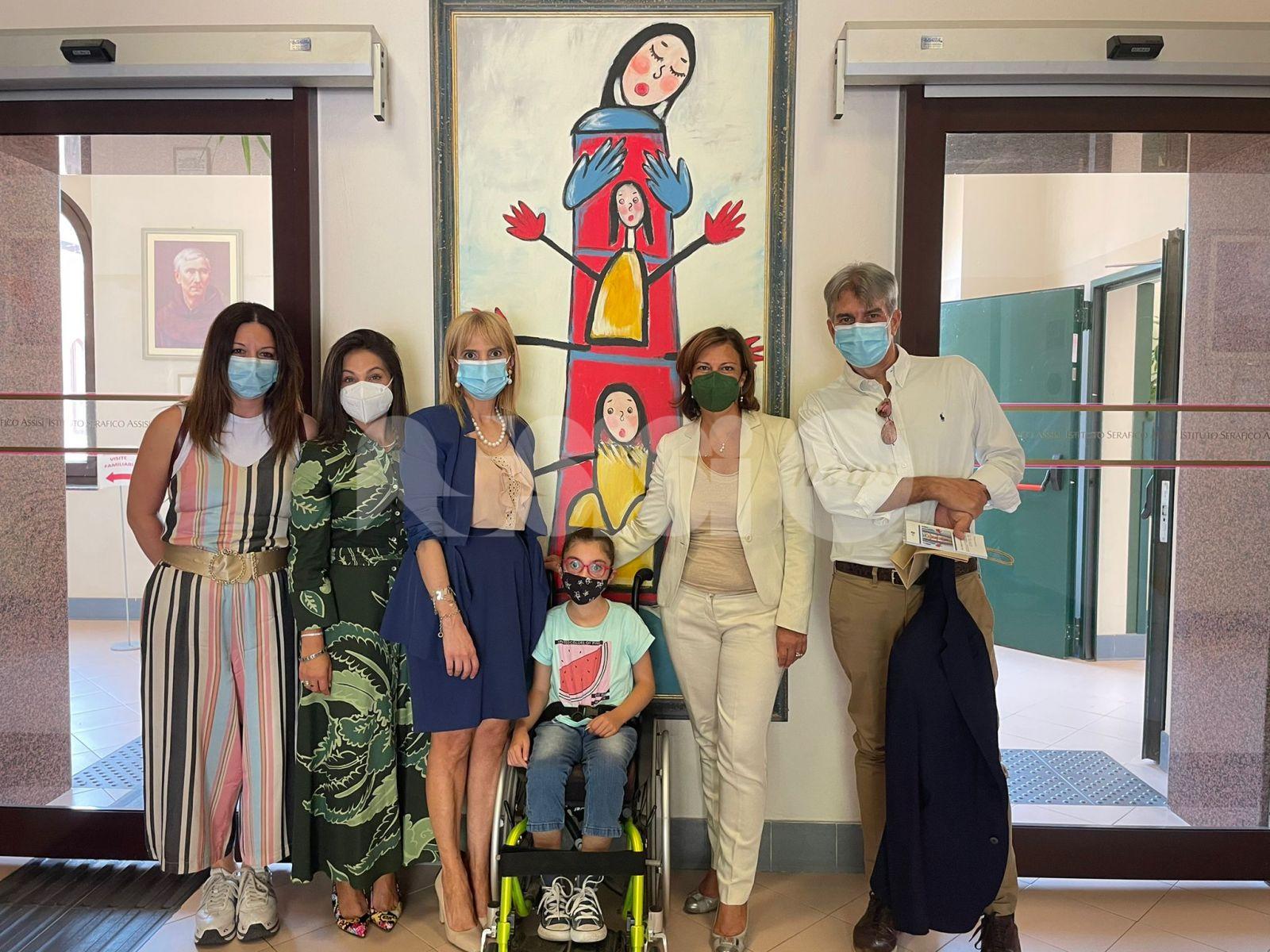 La bilancia della salute dona al Serafico di Assisi un defibrillatore